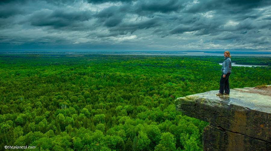 Cup-and-Saucer-Trail-Vista-Manitoulin-island-ontario-11-X2